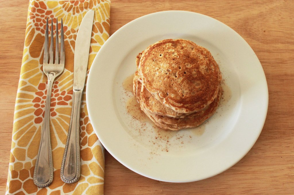 Apple cinnamon pancakes 3