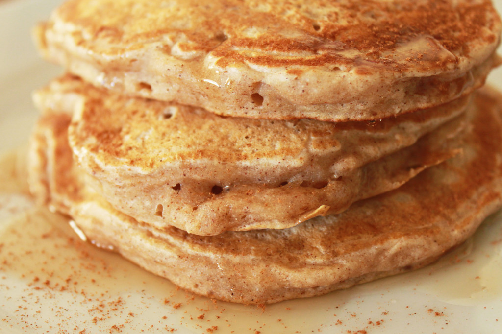 Apple cinnamon pancakes 1