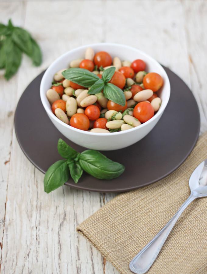 Tomato Basil White Bean Salad 1