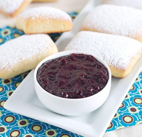 Baked Vanilla Bean Beignets with Blackberry Bourbon Vanilla Jam | @reciperunner