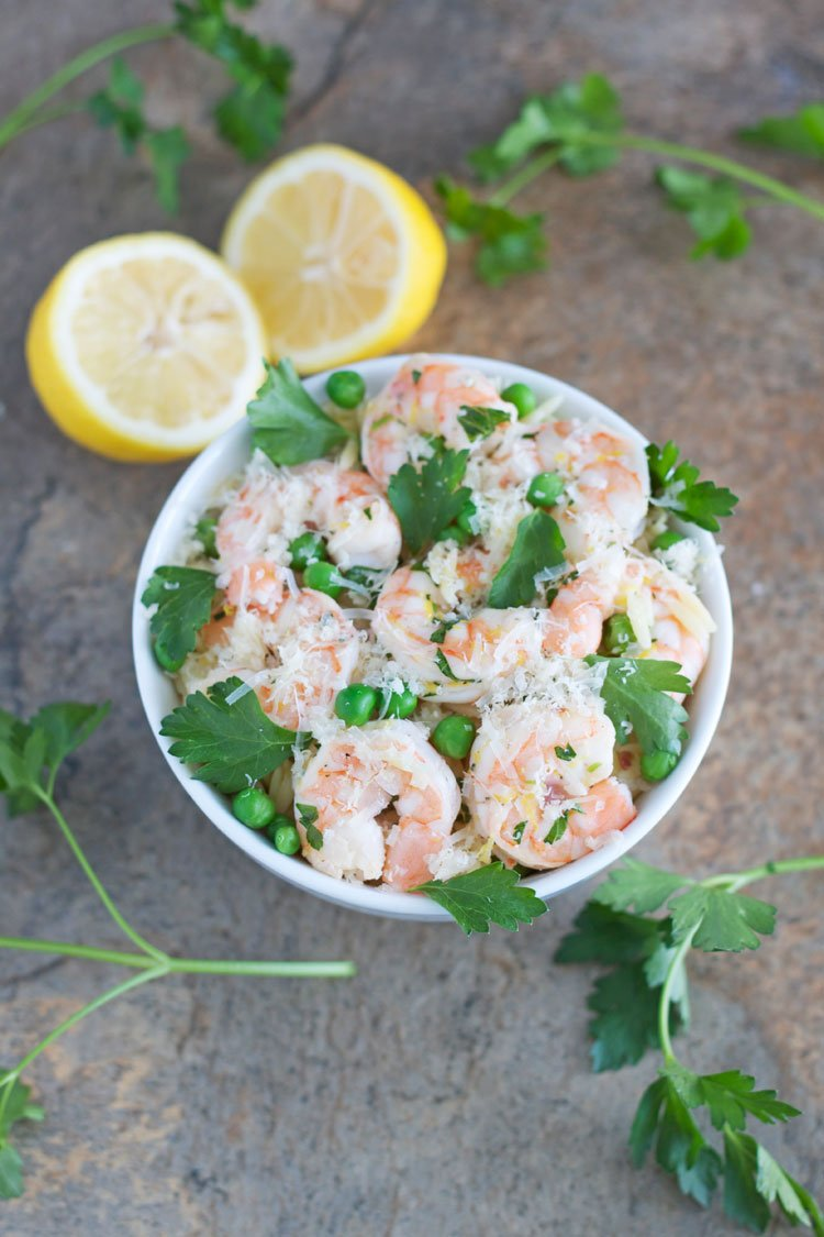 Lemon Parsley Shrimp with Orzo and Peas | Lemon and shrimp are the stars in this easy to make pasta dish! | @reciperunner