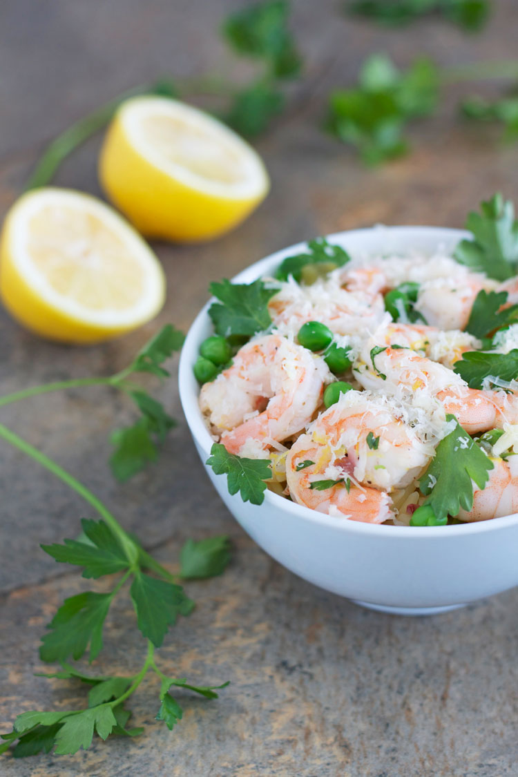 Lemon Parsley Shrimp with Orzo and Peas | @reciperunner