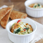 Spinach and Roasted Red Pepper Baked Eggs | www.reciperunner.com