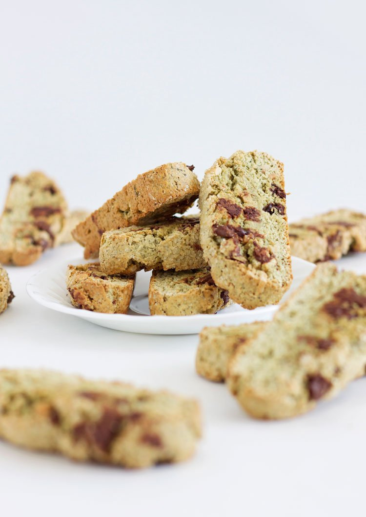 Almond Matcha Biscotti with Chocolate Chips | @reciperunner