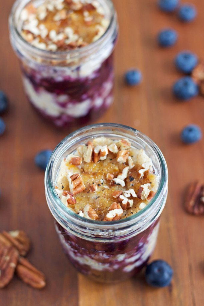 Blueberry Pie Oatmeal Parfaits with Brulee Topping | @reciperunner