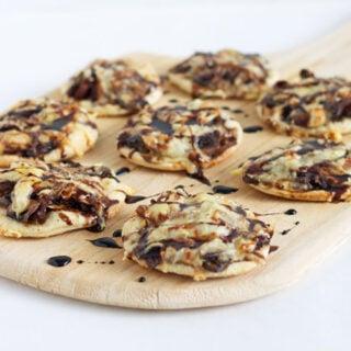 Guinness Caramelized Onion & Mushroom Pizzettes