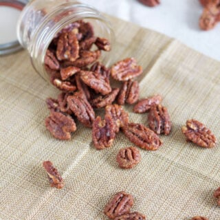 Maple Bourbon Roasted Pecans | www.reciperunner.com