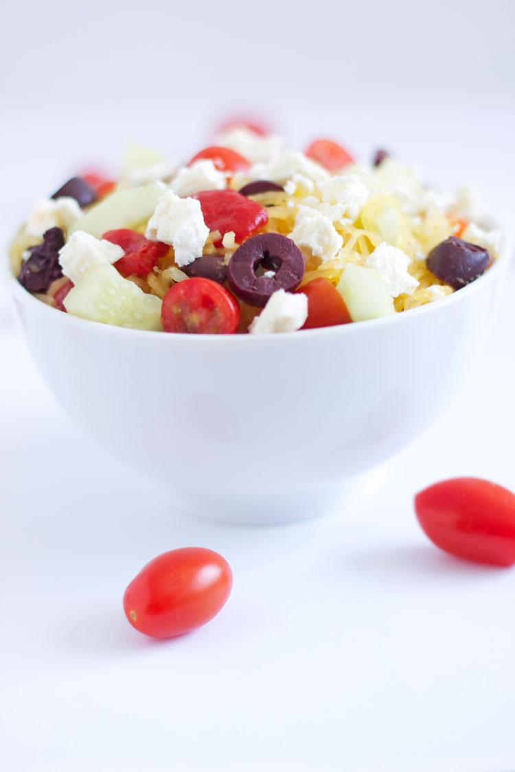 Spaghetti Squash Greek Salad | @reciperunner