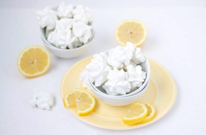 Lemon & Lavender Meringue Cookies | www.reciperunner.com