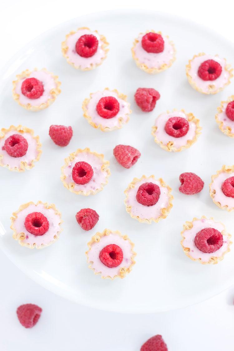 Mini Raspberry Yogurt Phyllo Cups   www.reciperunner.com