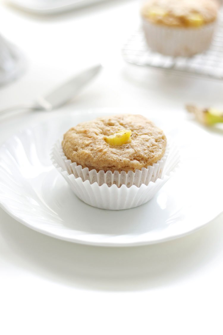 Hummingbird Muffins Stuffed with Cinnamon Cream Cheese | Made By Recipe Runner