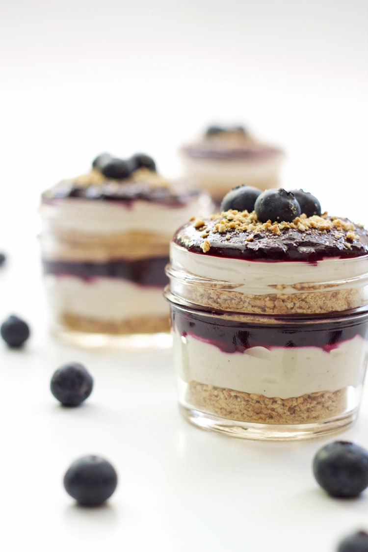 Blueberry Cheesecake Parfaits | Recipe Runner | These delicious easy to make blueberry cheesecake parfaits are made lighter with Greek yogurt! #dessert #cheesecake