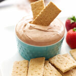 Skinny Chocolate Cheesecake Dip
