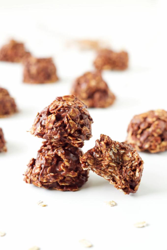 No Bake Chocolate Cookies (Healthier)