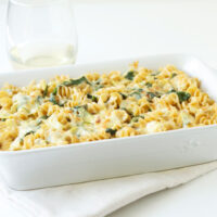 Spinach Artichoke Dip Pasta | Recipe Runner | Your favorite dip in pasta form!
