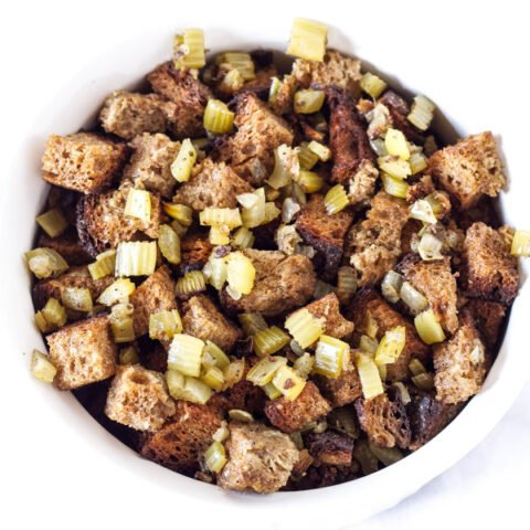 Slow Cooker Whole Wheat Bread Stuffing