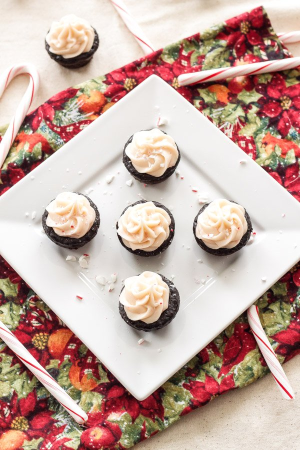 Peppermint Brownie Bites   The perfect bite sized chocolate and peppermint treat for the holidays!   www.reciperunner.com