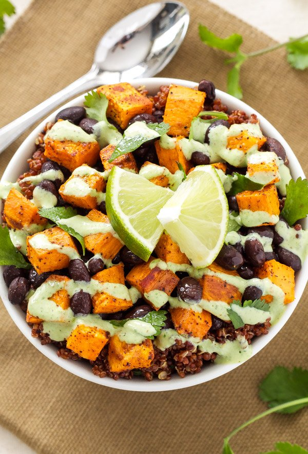 Sweet Potato and Black Bean Quinoa Bowls | A delicious, filling, meatless meal that will please both vegetarians and meat lovers!