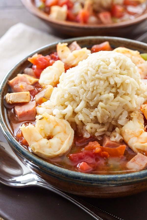 Healthy Cajun Jambalaya | My favorite jambalaya straight from my grandma's recipe box! | @reciperunner
