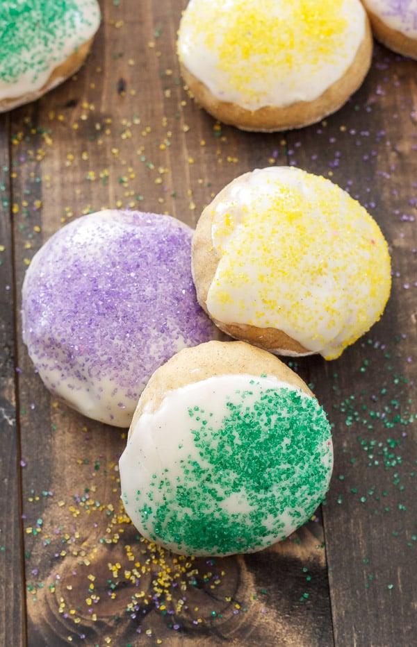 King Cake Baked Doughnuts   Doughnuts that taste like the traditional Mardi Gras King Cake!   @reciperunner