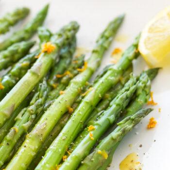 Chilled Asparagus with Citrus Vinaigrette | Crisp cold asparagus tossed in a delicious citrus vinaigrette!