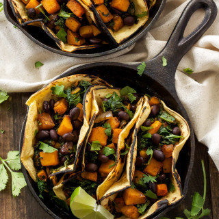 Butternut Squash Black Bean and Kale Tacos | Vegetarian tacos don't have to be boring, especially when they're full of butternut squash!