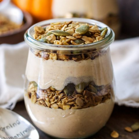Pumpkin Pie Yogurt and Granola Parfaits | Pumpkin pie flavored yogurt layered with granola, my favorite fall snack!