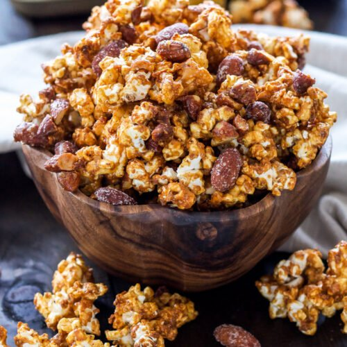 Honey Almond Caramel Corn   Turn caramel corn into a healthier snack thanks to honey, almond butter and crunchy almonds!