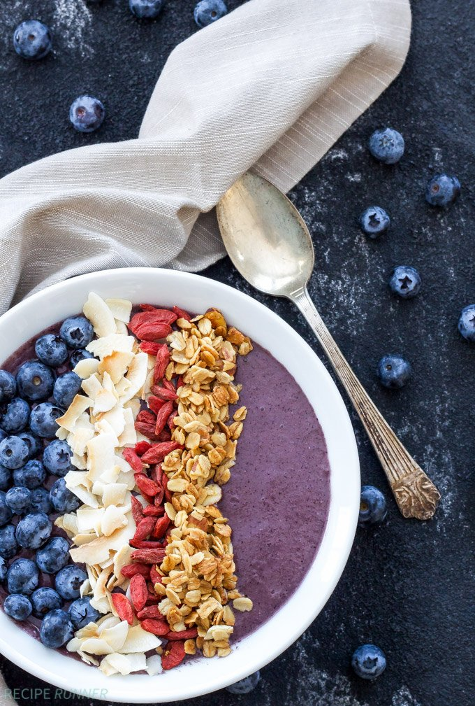 Blueberry Power Smoothie Bowl | Loaded with protein and superfoods this Blueberry Power Smoothie Bowl is a hearty and healthy way to start the day!