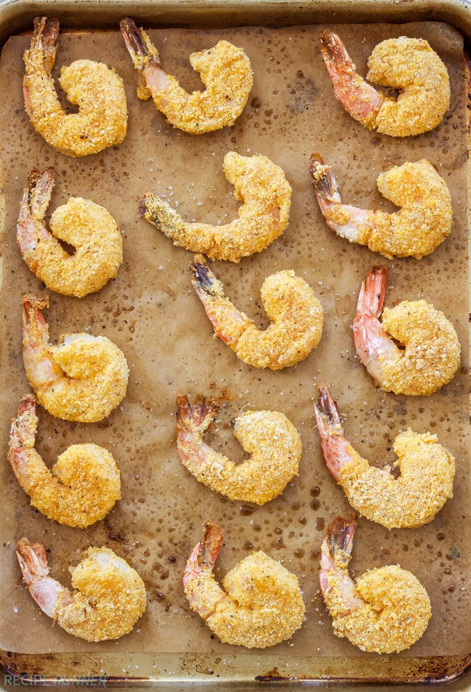 Baked Cornmeal Crusted Shrimp with Light Lemon Aioli | Crispy, crunchy and so addicting! These Baked Cornmeal Crusted Shrimp with Light Lemon Aioli will disappear in seconds!