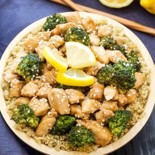 Lemon Honey Chicken and Broccoli Stir-Fry | This Lemon Honey Chicken and Broccoli Stir-Fry is full of sweet lemon flavor and comes together in 30 minutes! Skip the takeout and make this better for you version instead!