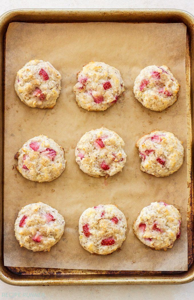 Easy Gluten-Free Drop Biscuits Two Ways | Every brunch needs a biscuit and now you can make these Easy Gluten-Free Drop Biscuits Two Ways! Sweet Strawberry Biscuits with Lemon Curd Whipped Cream and savory Black Pepper, Bacon, Gruyere Biscuits!