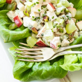 Healthy Grilled Chicken Waldorf Salad | You won't find any mayo in this healthy, crunchy and fresh chicken Waldorf salad! Loaded with apples, grapes and pistachios it's perfect for using up leftover grilled chicken!
