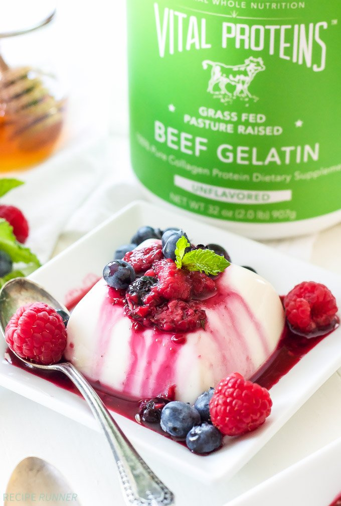 Vanilla Yogurt Panna Cotta with Warm Berry Sauce   All the creamy rich flavor that you expect from traditional panna cotta, but healthy enough to serve for breakfast!