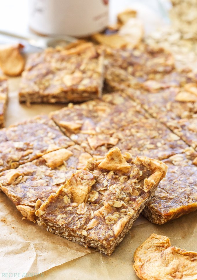 Apple Cinnamon Energy Bars | Chewy, no bake, gluten free Apple Cinnamon Energy Bars are the perfect pre or post workout snack! Easy to make, no weird ingredients and way better than anything you can buy!