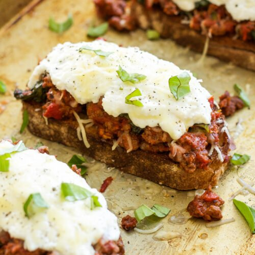 Lasagna Sloppy Joes | All the flavor of traditional lasagna with a fraction of the work! These Lasagna Sloppy Joes are the perfect way to get your lasagna fix any night of the week!