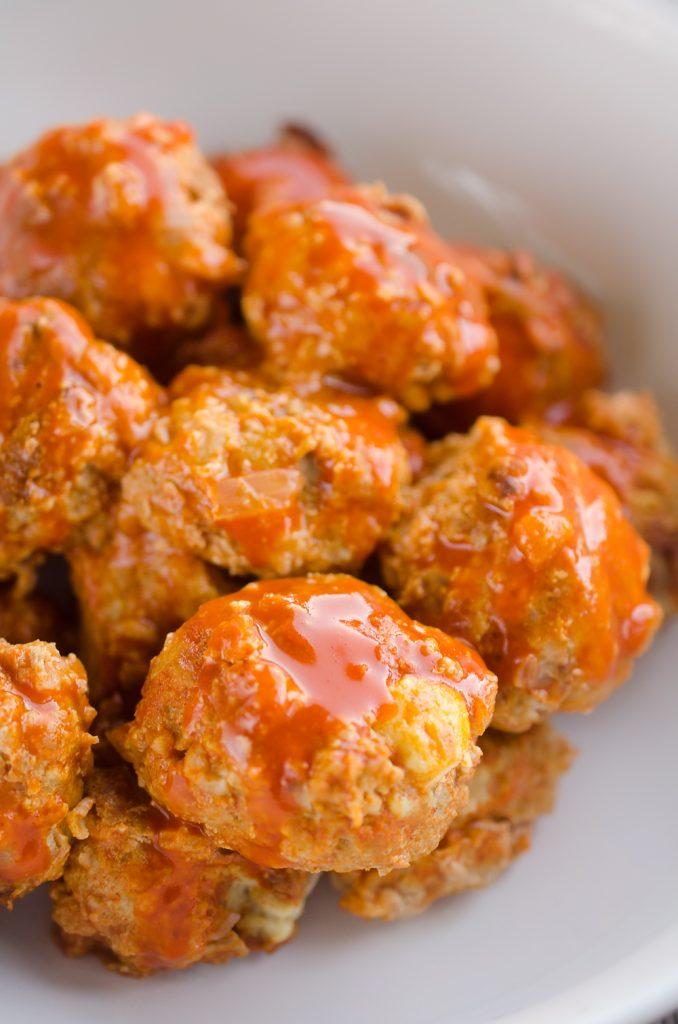 light crock pot buffalo turkey meatballs