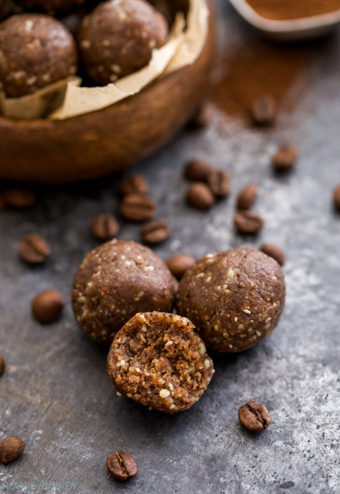 Coffee lovers, these Vanilla Almond Latte Energy Bites are for you! Perfect sized gluten and grain free energy bites loaded with finely ground coffee beans, almonds and plenty of vanilla. Great for snacking or fueling your workout!