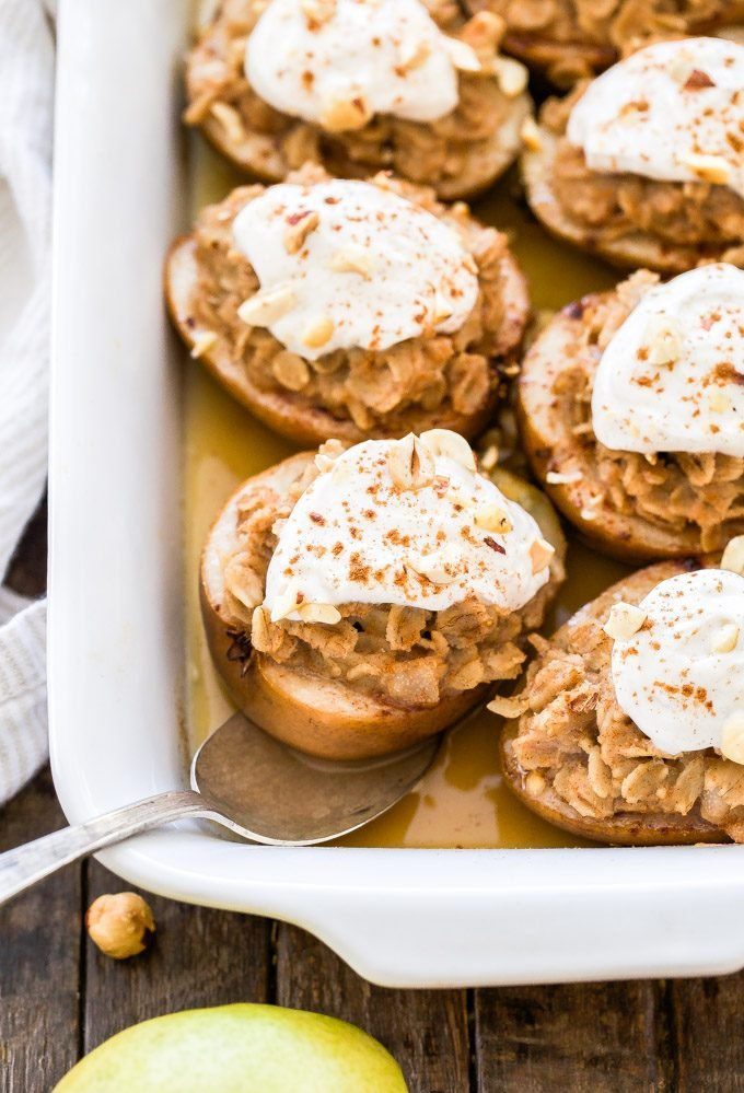 Move over baked apples! These Cinnamon Maple Oatmeal Baked Pears are the new star in town and they're perfect for your next fall or holiday brunch.