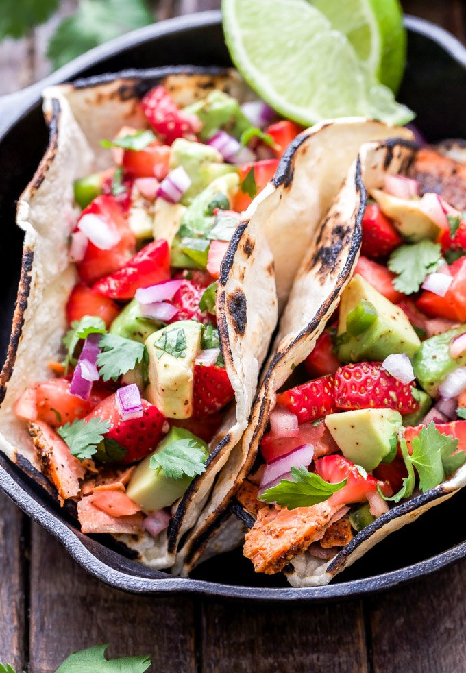 Grilled Salmon Tacos With Strawberry Avocado Salsa Recipe Runner