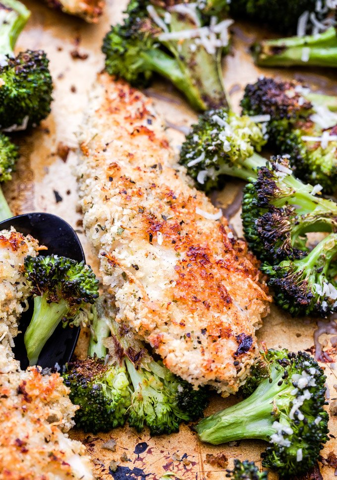 Sheet Pan Parmesan Crusted Chicken and Broccoli is a family friendly, easy to make dinner that's perfect for busy nights! #sheetpan #chicken #broccoli #parmesan #easydinner #glutenfree