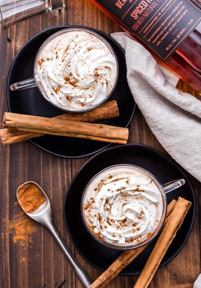 This Spiced Rum Chai Latte is the most delicious and cozy cocktail for a cold night. Enjoy one next to the fire or make a big batch to serve at your holiday party this year! #chailatte #rum #cocktail #drink #chai #spicedrum #thanksgiving #christmas #holidaycocktail