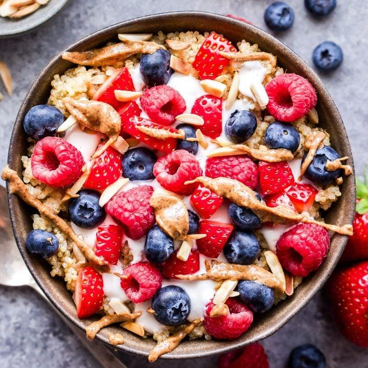 Berry Quinoa Breakfast Bowls